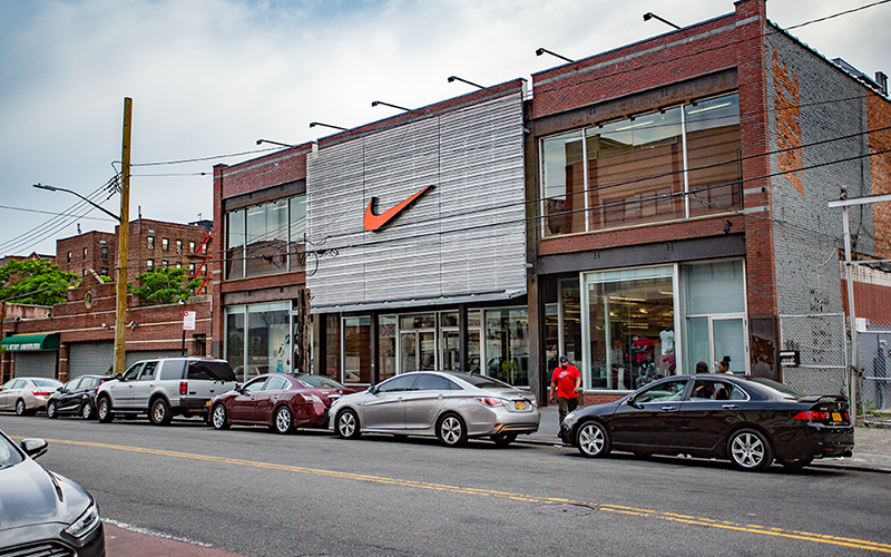 nike-store-flatbush-nostrand-junction-800